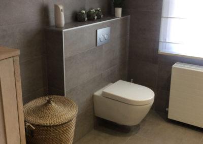 Bathroom-5-Toilet